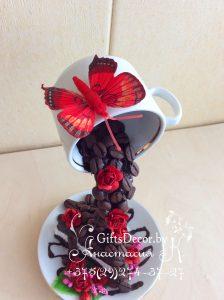 Парящая чашка с тортиком Горький шоколад