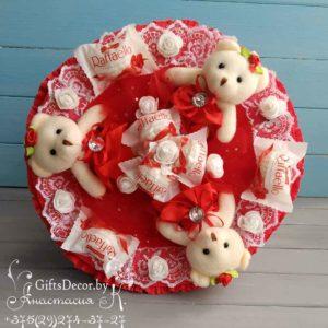 Букет из 3-х красных мишек с Raffaello